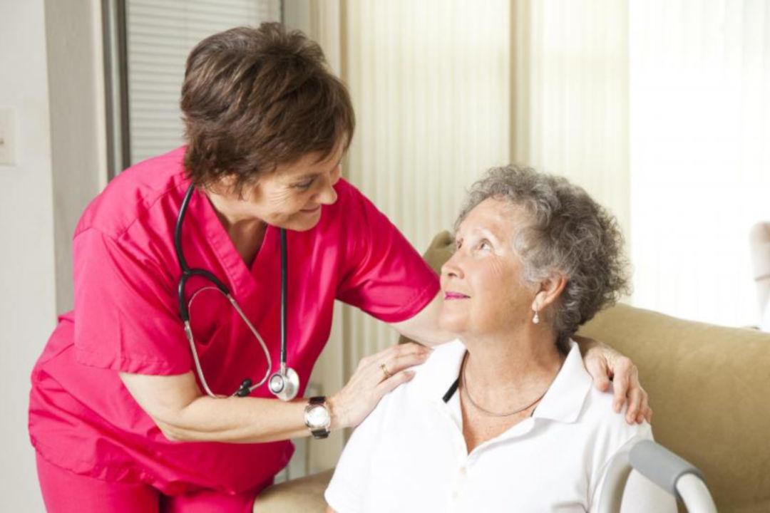 elderly-woman-with-nurse